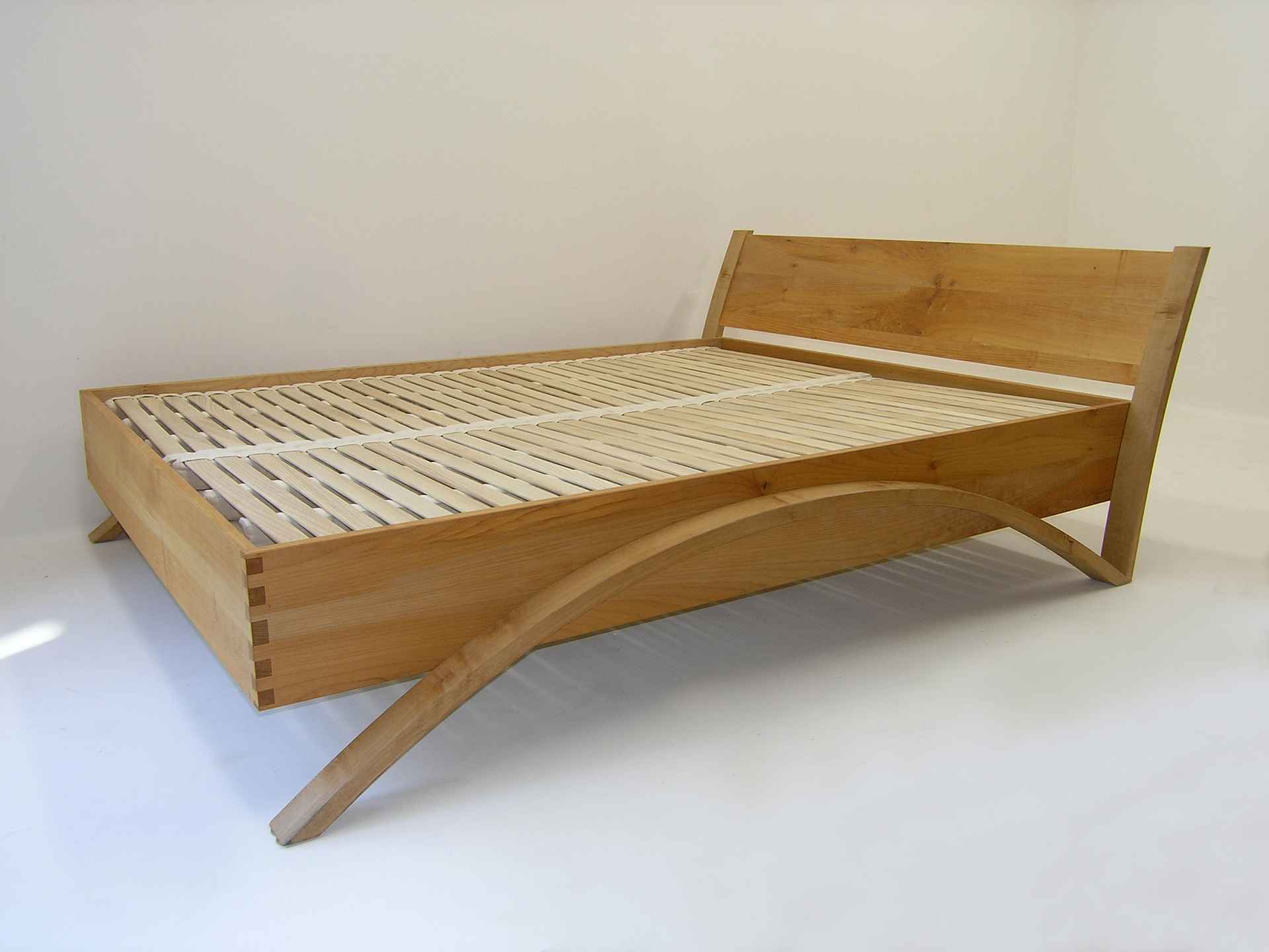 Discount bed frames vancouver 100 bed frames vancouver wa Reclaimed wood furniture portland oregon